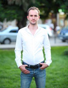 Владимир Бондарчук — разработчик сайта для оценки качества собеседований Rate Them App