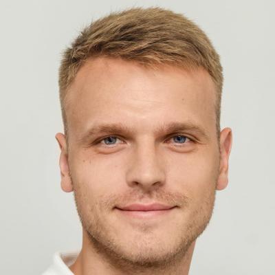 Капитан CS:GO Team, middle quality assurance engineer в Innovecs Влад Полторацкий
