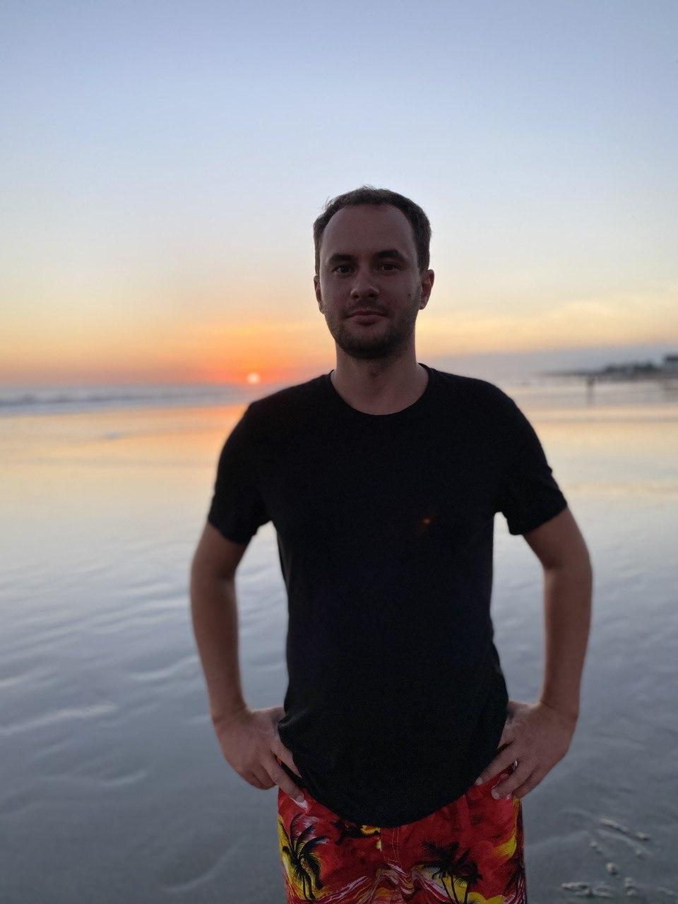 Владимир Бондарчук. Улетел работать удаленно на Бали уже второй раз