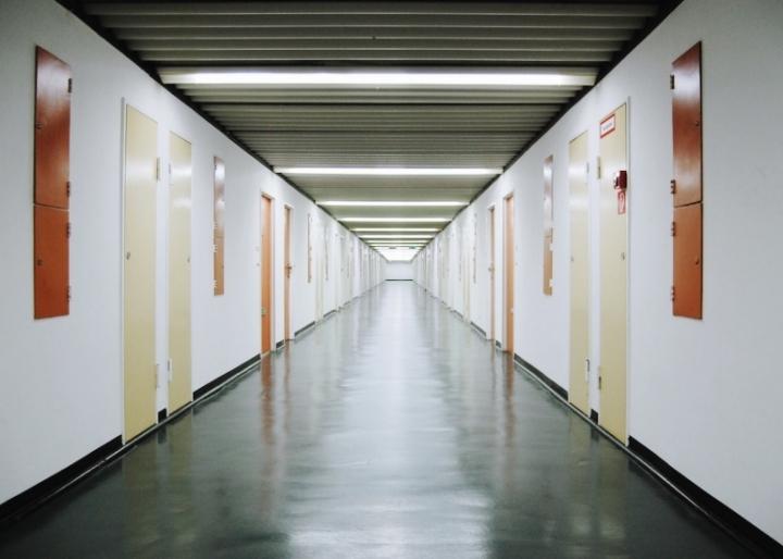 Жилой комплекс в Берлине. Многоэтажное социальное жилье, спроектированное Ле Корбюзье и наиболее точно приближенное к его идеалам — но не на 100%, архитектор мечтал о «городе в городе»