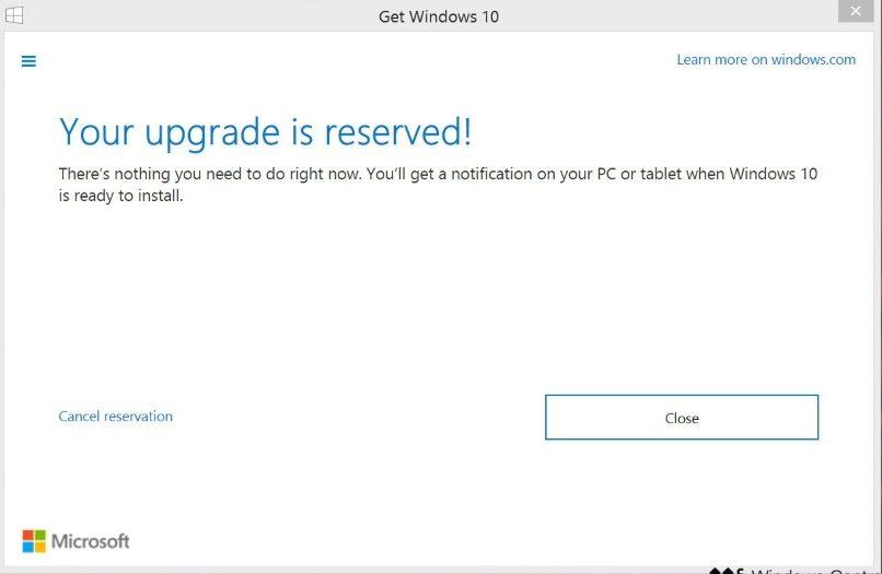 Утилита Get Windows 10 для перехода с более старой версии на «десятку», которую можно было игнорировать и при желании закрыть тремя доступными способами