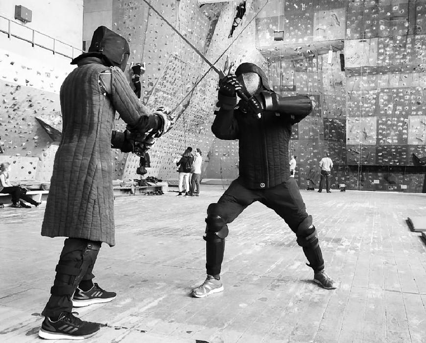 Бой в экипировке, фото из Instagram клуба Atira Ruthenia