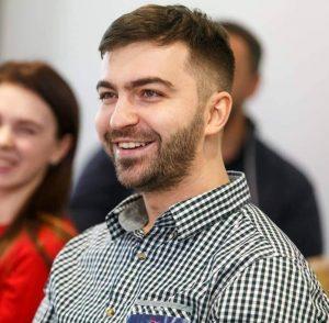 Тимлид, разработчик и психолог Родион Азнауров