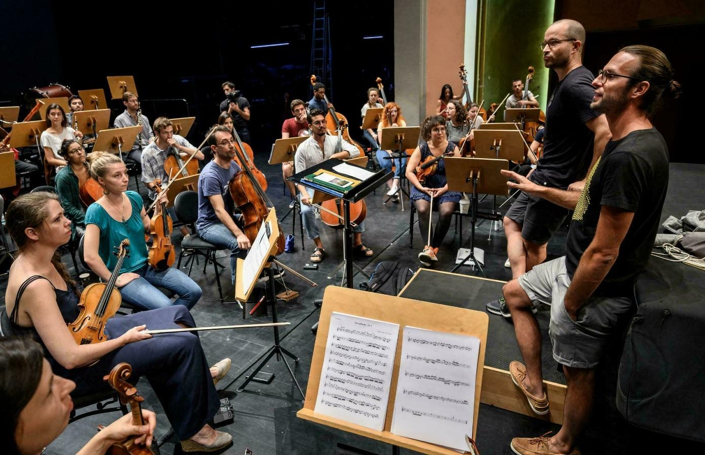 Репетиция «Неоконченной Десятой симфонии Бетховена»