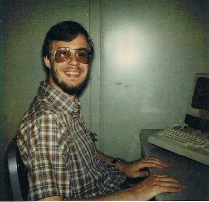 1981 год. Начало работы в Bell Labs Источник: https://www.nokia.com/about-us/careers/life-at-nokia/employee-blogs/the-story-of-mary-ann-horton/